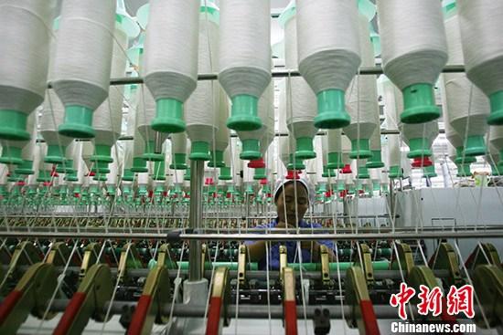 """从渔网到""""天宫一号"""" 中国纺机织出锦绣篇章"""